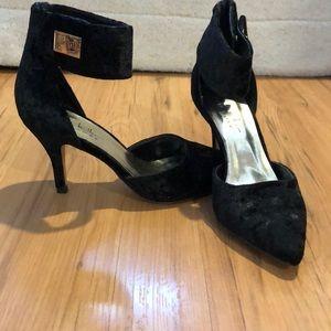Nicole Miller Brandy Pump Shoes